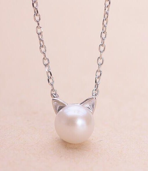 Cute cat simulated pearl necklaces pendants for women animal smjel new fashion cute cat simulated pearl necklaces aloadofball Choice Image